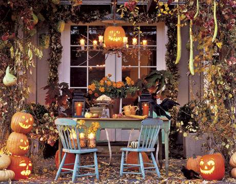 Halloween Countdown 5 Decorate Your House Joanna Parypinski - Use-pumpkins-to-decorate-your-house-for-halloween